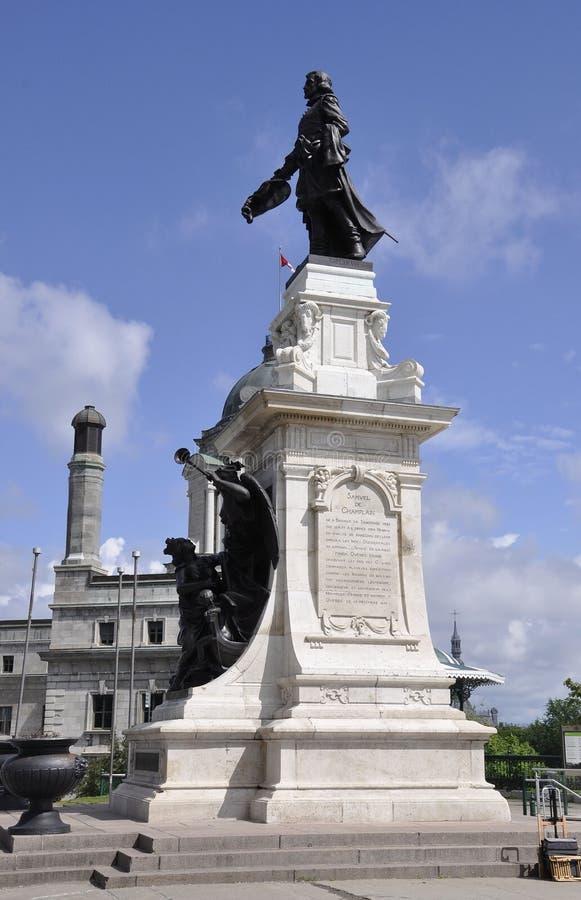 Quebec, 29th Czerwiec: Samuel De Champlain Zabytek Tarasowy Dufferin od Quebec miasta w Kanada zdjęcie royalty free