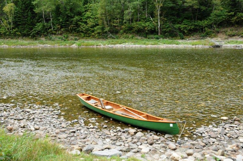 Quebec, w Gaspesie Matapedia rzeka fotografia royalty free