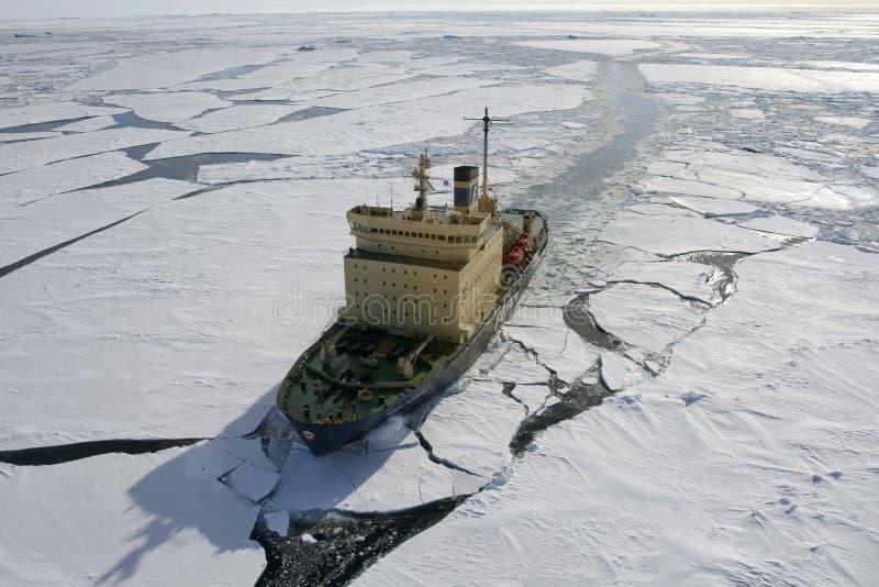 Quebra-gelo em Continente antárctico fotografia de stock