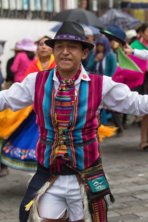 Quechua mens in traditionele uitrusting royalty-vrije stock foto's