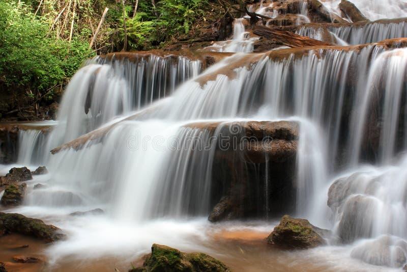 Queda da água de Pacharenn em Tak Thailand fotos de stock royalty free