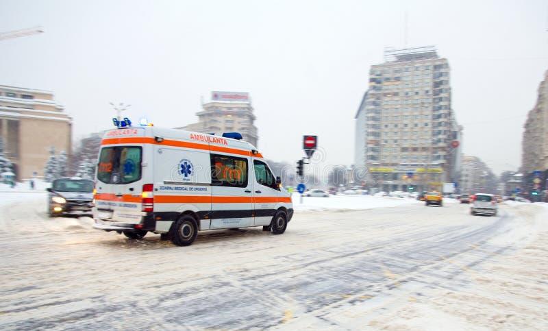 Queda de neve extrema em Bucareste imagens de stock