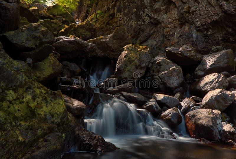 Quedas de Lodore, distrito do lago imagem de stock