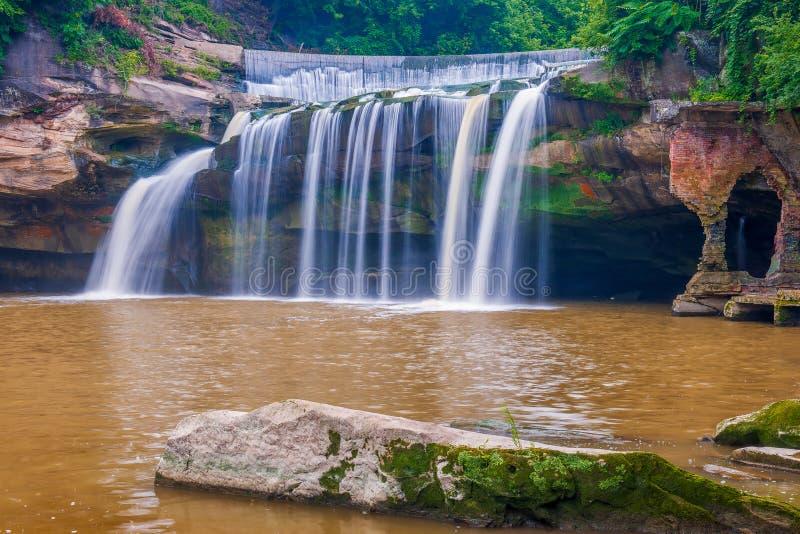 Quedas do leste do rio preto Parque da cascata Eliria ohio EUA foto de stock royalty free