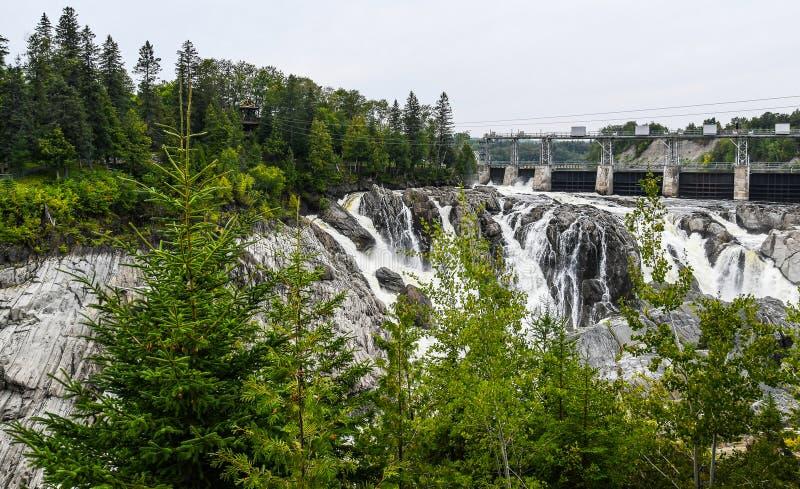 Quedas grandes da represa imagens de stock royalty free