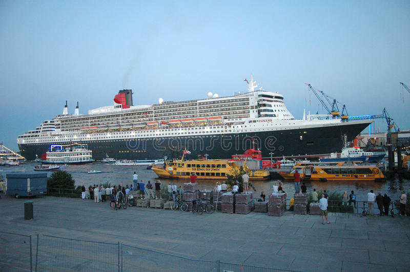 Download Queen Mary 2 Editorial Stock Photo - Image: 18802378