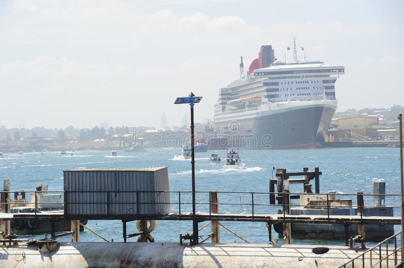 Download Queen Mary 2 d editorial stock image. Image of port, holiday - 18451984