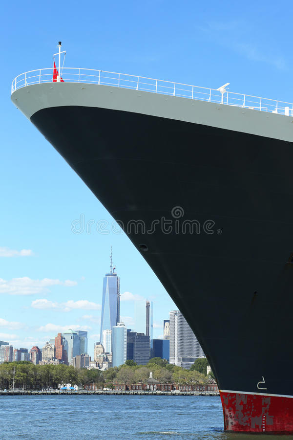 Download Queen Mary 2 Cruise Ship Docked At Brooklyn Cruise Terminal Editorial Stock Image - Image: 33001219