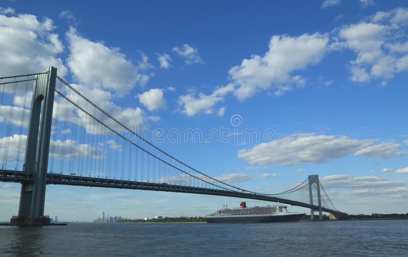 Download Queen Mary 2 Cruise Ship In New York Harbor Under Verrazano Bridge Heading For Transatlantic Crossing From New York To Southampton Editorial Photography - Image: 33001252