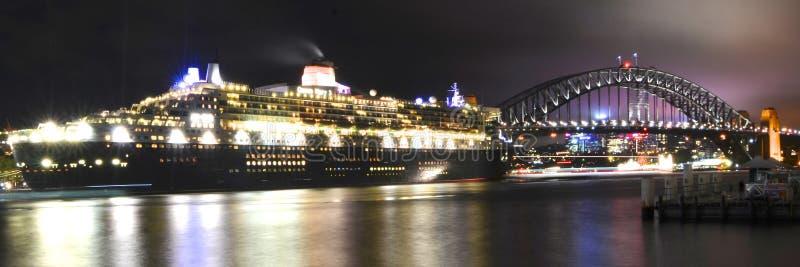 Queen Mary 2 em Sydney, Austrália fotografia de stock royalty free