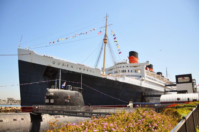 Queen Mary en Russische Schorpioen in Lang Strand, CA royalty-vrije stock fotografie
