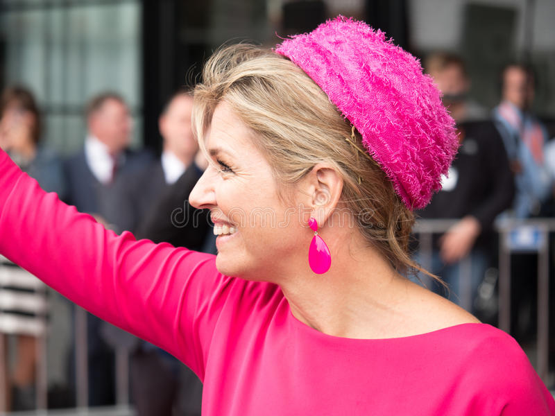 Queen Maxima of the Netherlands. DRONTEN, NETHERLANDS - 29 JUNE 2017: Queen Maxima leaves De Meerpaal in Dronten after the King and Queen`s s regional visit to royalty free stock image