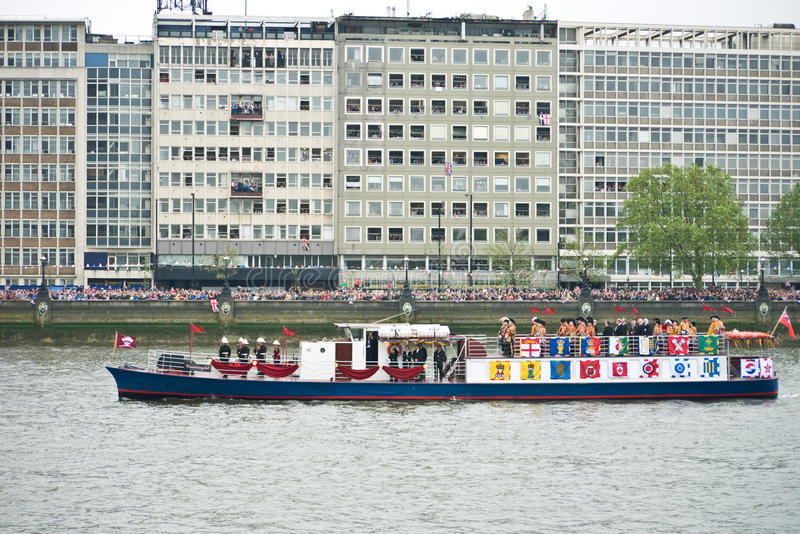 The Queen S Diamond Jubilee Pageant Editorial Image