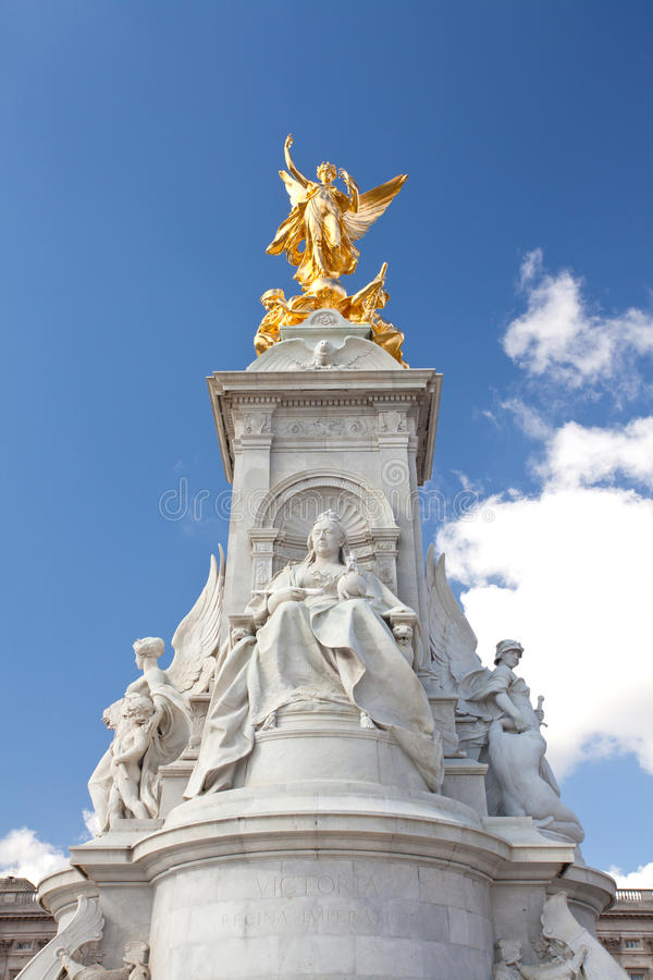 Download Queen Victoria Memorial Statue Royalty Free Stock Images - Image: 27065049