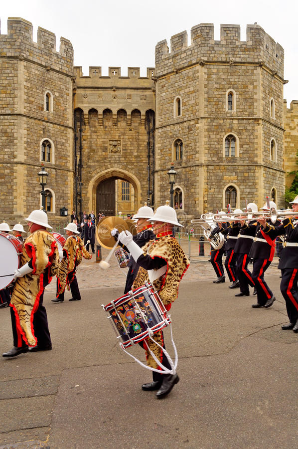 Download Queens Diamond Jubilee Great Parade Editorial Stock Image - Image: 25763789