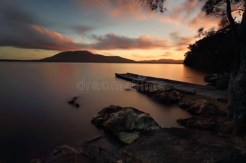 Queens Jeziorny rezerwat przyrody przy zmierzchem zdjęcie royalty free