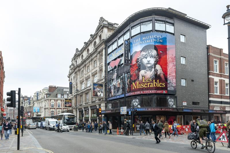Queens Theatre, zachodniego kona theatre lokalizować w Shaftesbury alei na kącie Wardour ulica w mieście Westminister zdjęcie royalty free