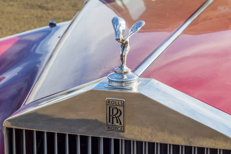 Queenstown, África do Sul, o 17 de junho de 2017: Carro de Rolls Royce do vintage imagem de stock royalty free
