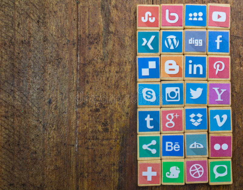 QUEENSTOWN, ΝΟΤΙΑ ΑΦΡΙΚΉ - 9 ΑΠΡΙΛΊΟΥ 2017: Κοινωνικό MEDIA logotype στοκ φωτογραφίες
