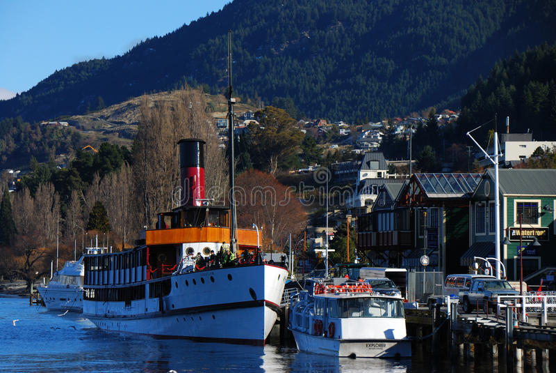 Download Queenstown Harbor editorial image. Image of serine, trees - 25624040