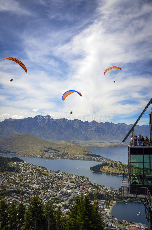 Download Queenstown parapenting editorial stock photo. Image of island - 28415743
