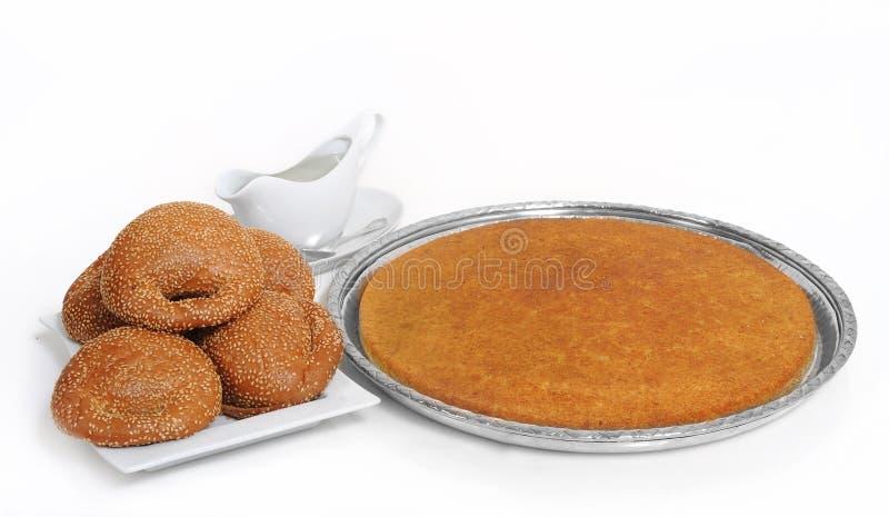 Queijo enchido dos doces kunafeh libanês árabe imagem de stock