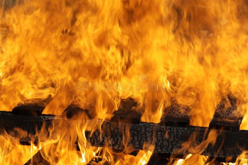 Queimadura das flamas do incêndio foto de stock royalty free