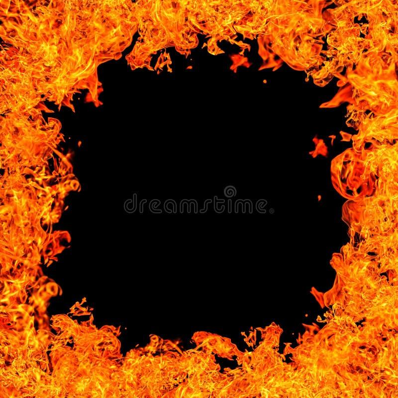 Queimaduras de fogo sobre fundo preto ilustração royalty free