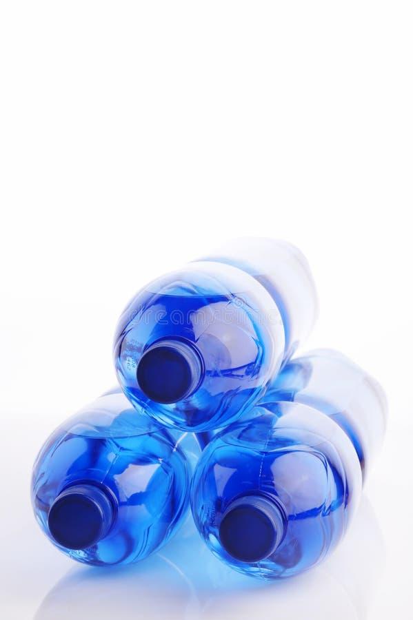 Quellenwasserflaschen stockbild