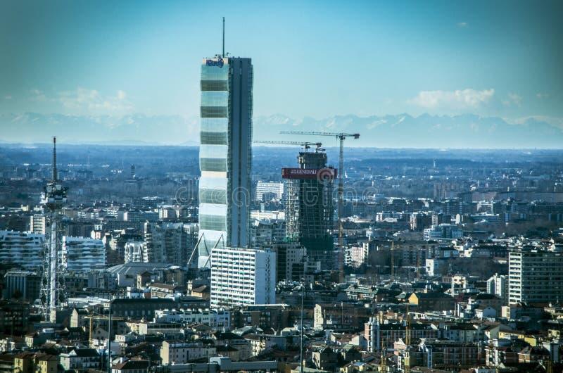 Quello torto e diritto si eleva, Citylife, Milano fotografie stock libere da diritti