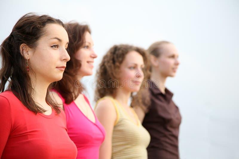 Quelques jeunes femmes photo libre de droits