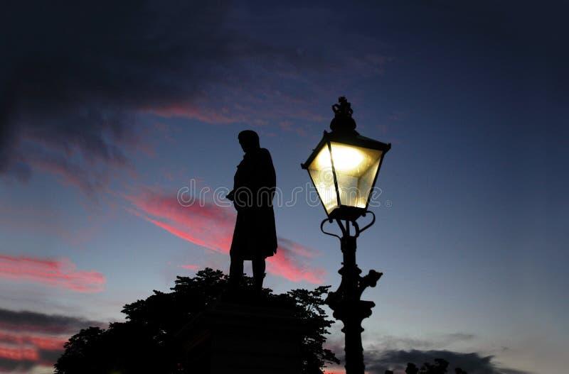 Quema El Monumento En La Puesta Del Sol En Aberdeen Fotografía de archivo