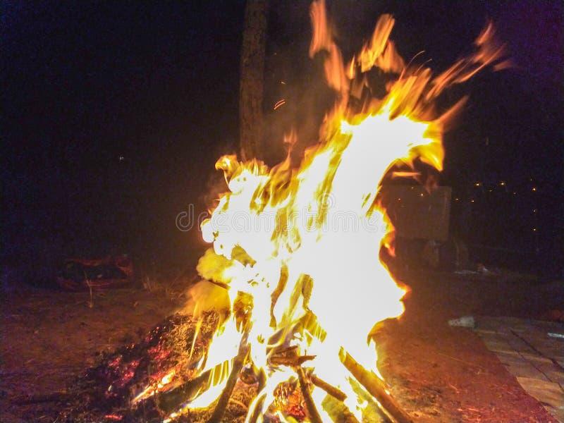Quente De Bonfire Em Parang Tejo, Malang, East Java fotografia de stock royalty free