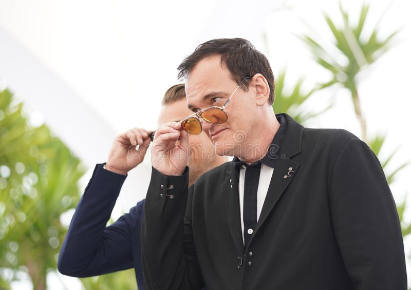 Quentin Tarantino s'occupe de la séance photo f photographie stock libre de droits