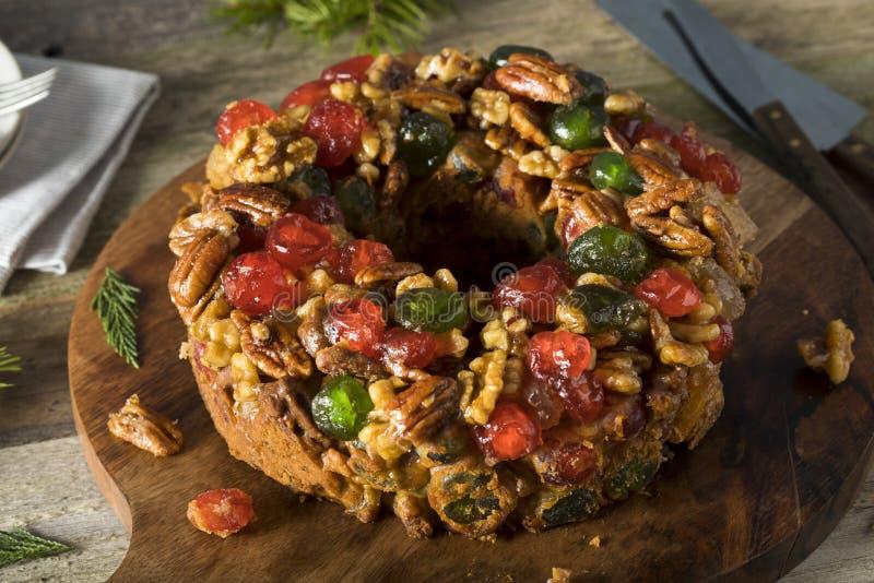 Queque de frutas festivo hecho en casa del día de fiesta foto de archivo