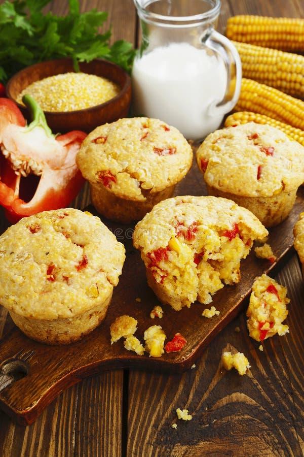 Download Queques Com Milho E Paprika Imagem de Stock - Imagem de muffins, refeição: 65579665