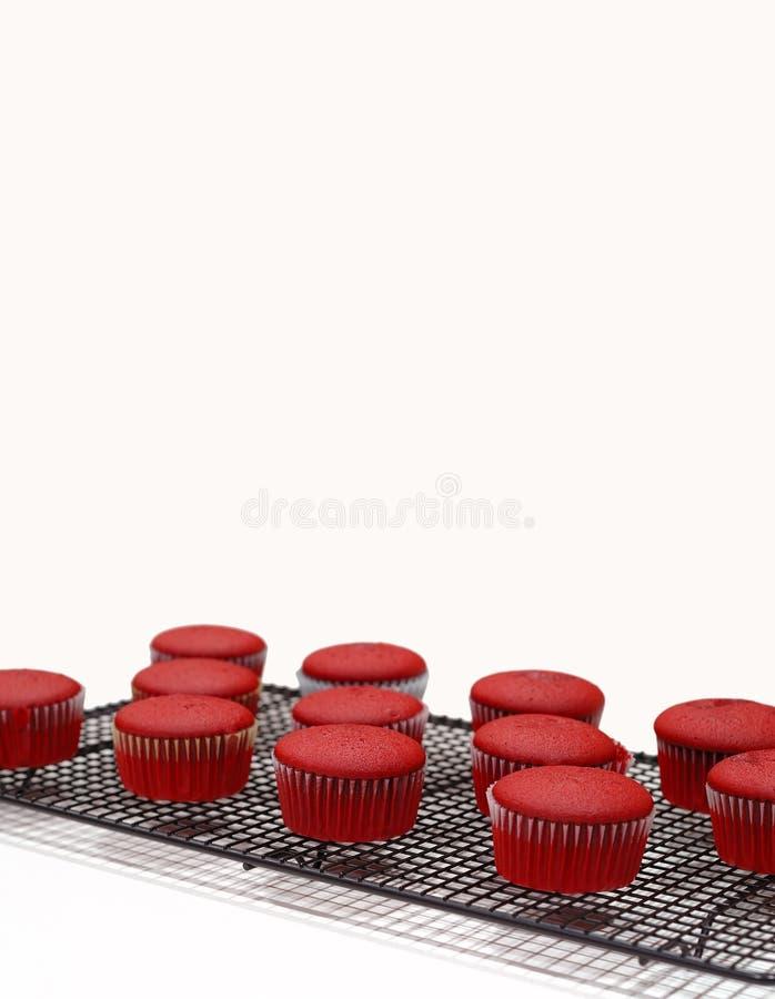 Queques vermelhos de veludo imagens de stock