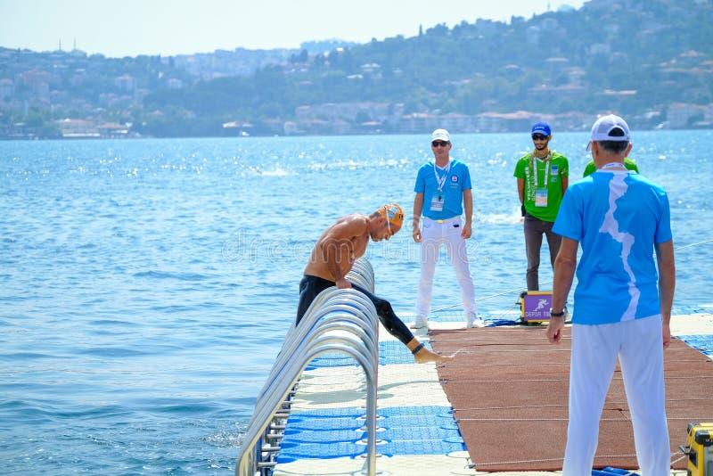 Quer-kontinentales Schwimmen-Rennen 2018 Samsungs Bosphorus lizenzfreies stockfoto