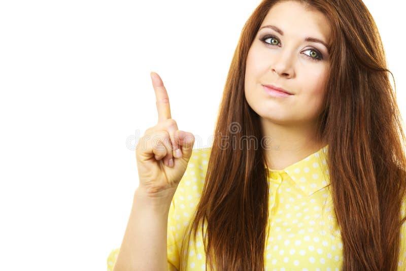 Querer saber de pensamento da mulher feliz imagens de stock royalty free