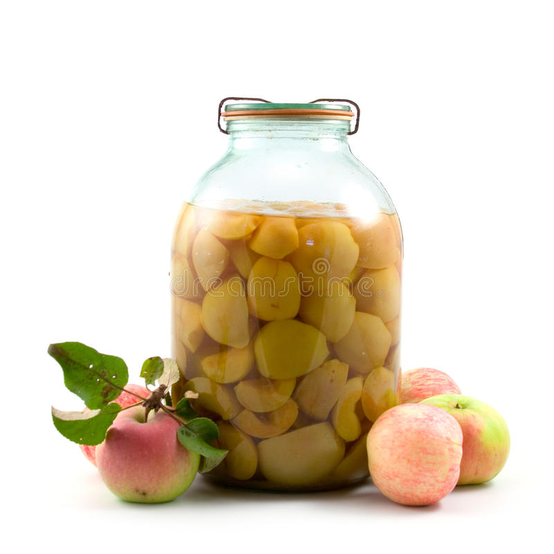 Querneigung des Apfelkompotts stockfoto