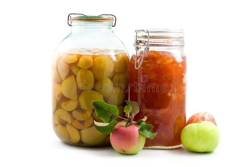 Querneigung des Apfelkompotts und -störung lizenzfreies stockfoto