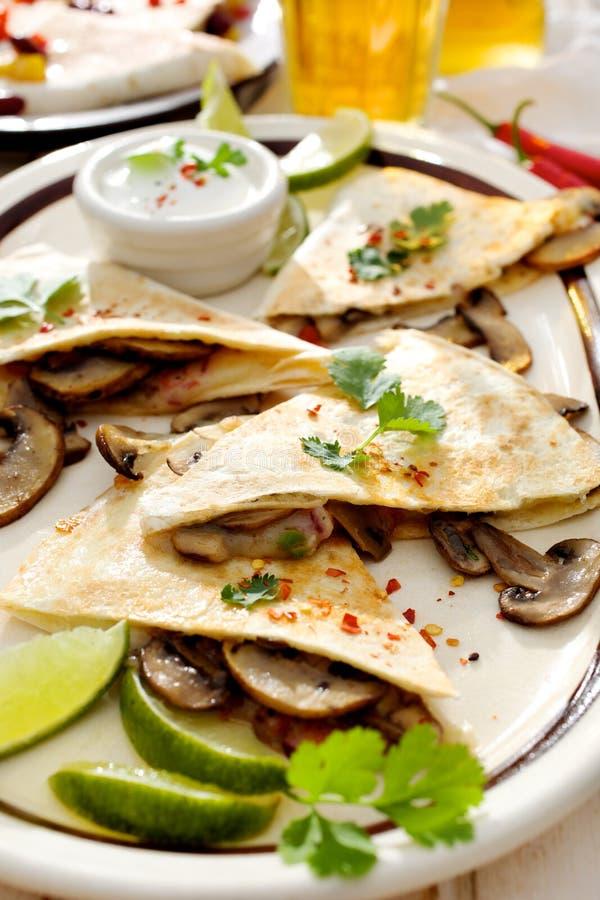 Quesadilla de champignon image stock