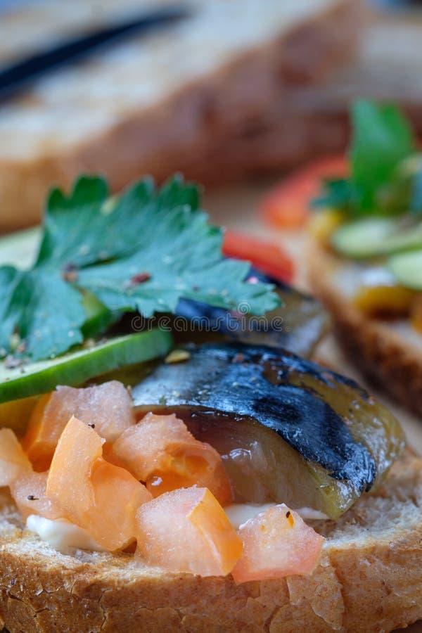 Queso ahumado de la paprika del feihua del tomate de la caballa del bocadillo de los pescados foto de archivo