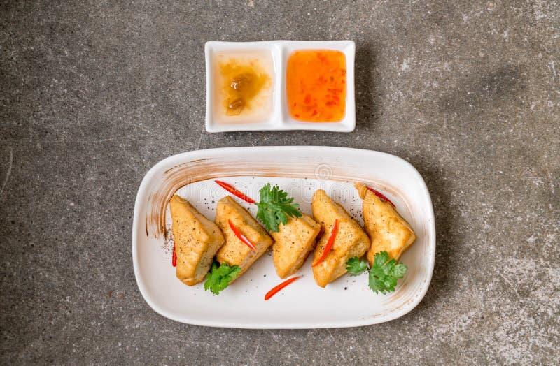 queso de soja frito - comida del vegano fotografía de archivo libre de regalías