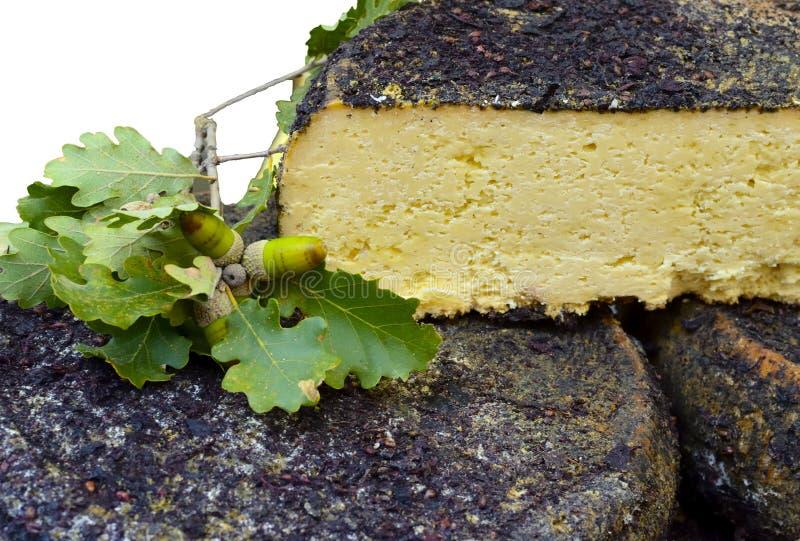 queso del pecorino hecho de la leche de oveja foto de archivo