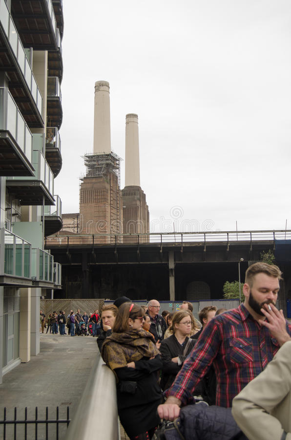 Queue For Battersea Power Station Editorial Photo