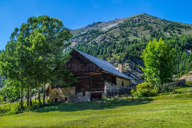 Queyras del ceillac de Riaille en Altos Alpes en Francia imágenes de archivo libres de regalías