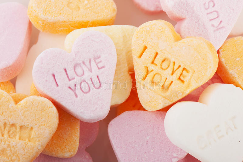 Quiérale los corazones del caramelo imagen de archivo libre de regalías