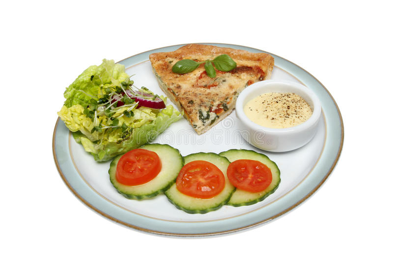 Quiche e salada fotos de stock royalty free