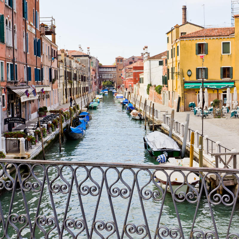 Download Quiet Canal In Venice Italy Editorial Image - Image: 24348025